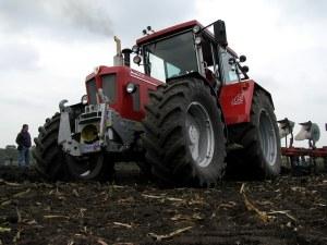 Nah dran bei der Bodenbearbeitung