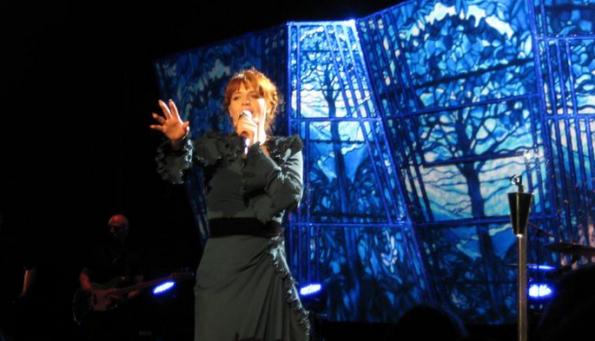 Live in Frankfurt, Jahrhunderthalle